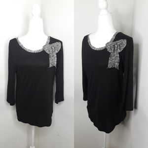 Ann Taylor black bow 3/4 sleeve top size large